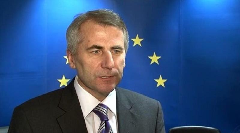 ЕС открещивается от попыток вмешательства в российские выборы