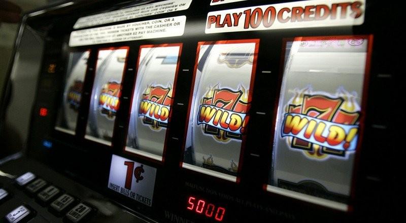 Почему онлайн-казино популярны в сфере заработка в интернете