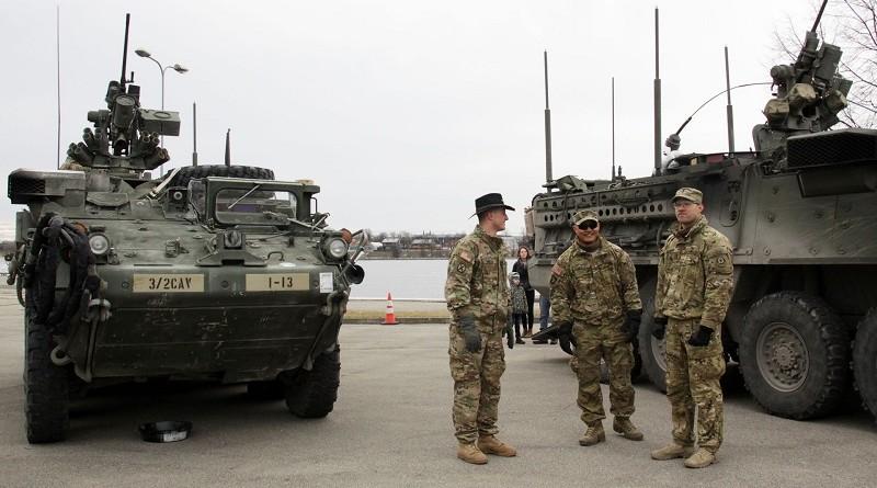 США завезли в Европу бронетехники для 66.666 бригад. К Третьей мировой всё готово?