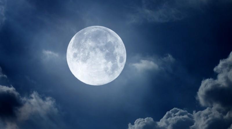 """Источник сигнала Матрицы находится на Луне -"""" Луны, какой вы её видите в небе, не существует"""""""