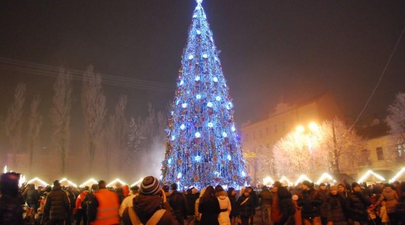 Новый Год в Черновцах 2019 - преимущества данного варианта