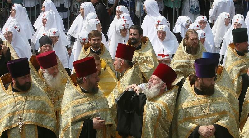 Объединение украинских церквей поддержат 15 иерархов УПЦ МП. Всё идет по плану Константинополя