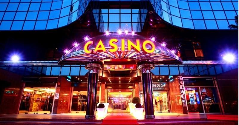 Играть в бесплатные игральные автоматы 777 в клубе Azino Kasino