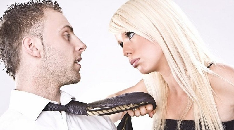 Почему муж завел любовницу? Что нужно сделать жене для этого