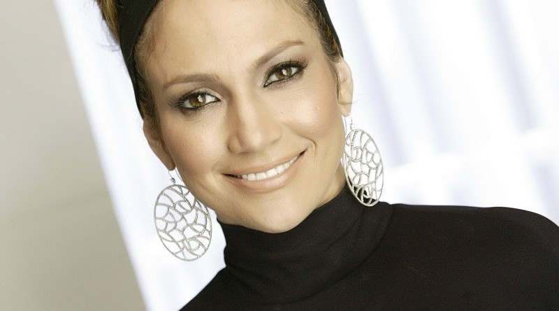Как в 49 лет выглядеть на 25 - Дженнифер Лопес рассказала, что исключила из рациона
