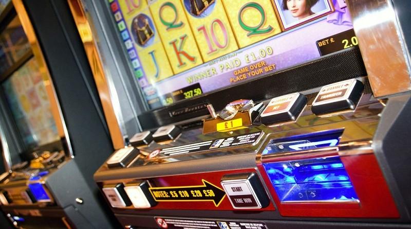 Обзор игрового автомата Сиззлинг Хот в огне и рекомендации по заработку