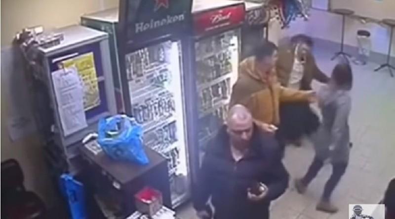 Российская продавщица нокаутировала агрессивного мужчину в стиле Кличко (видео факт)