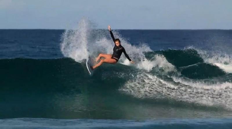 Как выглядит серфингистка Алана Бланчард (21 фото)