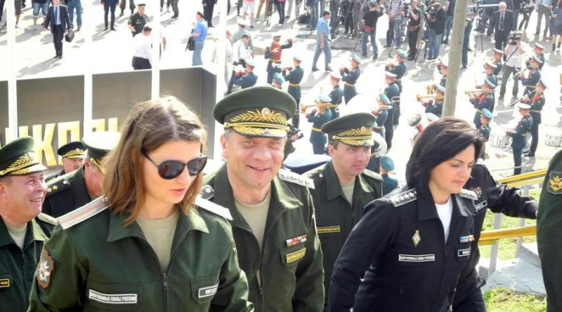 Кто такие красавицы генеральши из Министерства обороны РФ