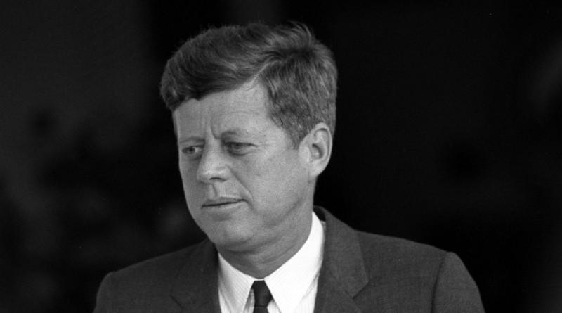 Кто помог организовать сионистам убийство Кеннеди и для чего это было сделано
