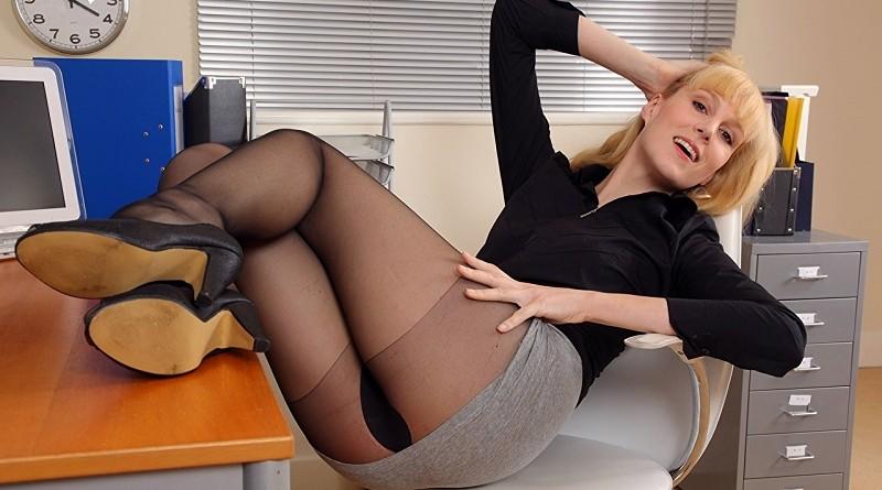 Как выглядит Джоселина Пэрл и чем привлекла внимание (33 фото)