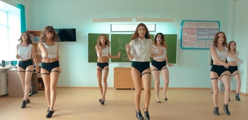 Перспективные девушки танцовщицы из Омска стремительно набирают популярность