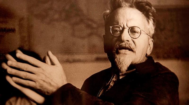 Лев Троцкий был заслан сионистами для уничтожения России - кто за ним стоял