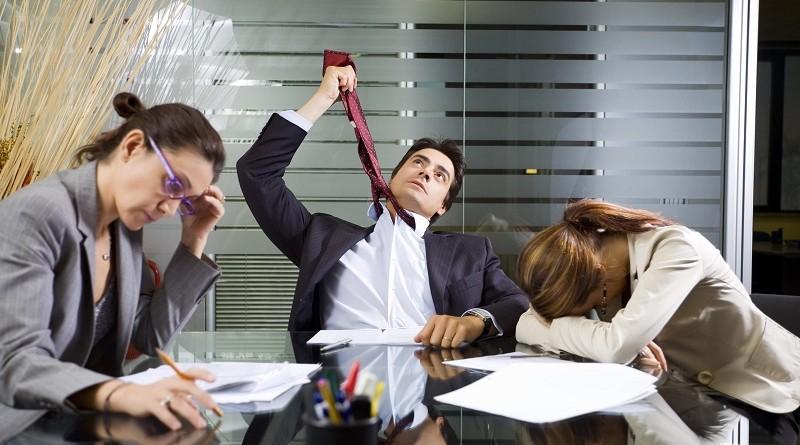 Как людей убивает работы в офисе - геморрой, диабет, гастрит, импотенция