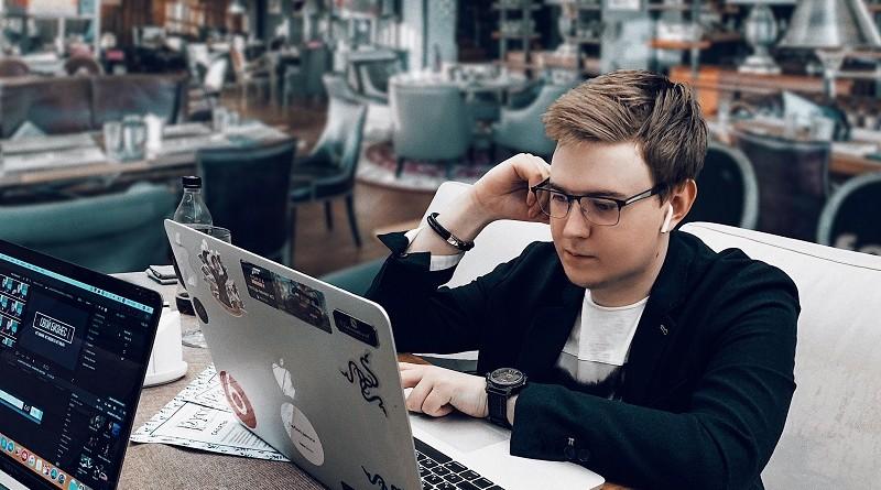Кто такой Святослав Гусев и чем привлек внимание общественности - биография блогера