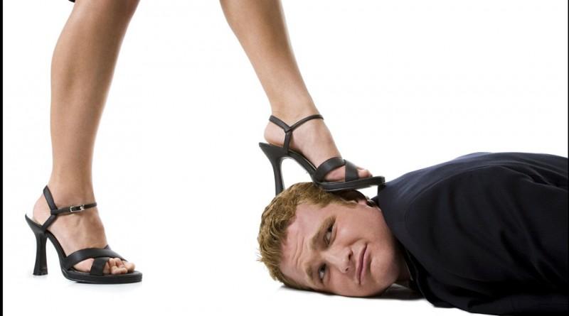 Почему мужчины становятся бабьими рабами - Мысли в слух