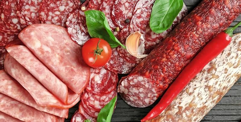 4 продукта, которые засоряют сосуды человека и могут стать причиной заболеваний