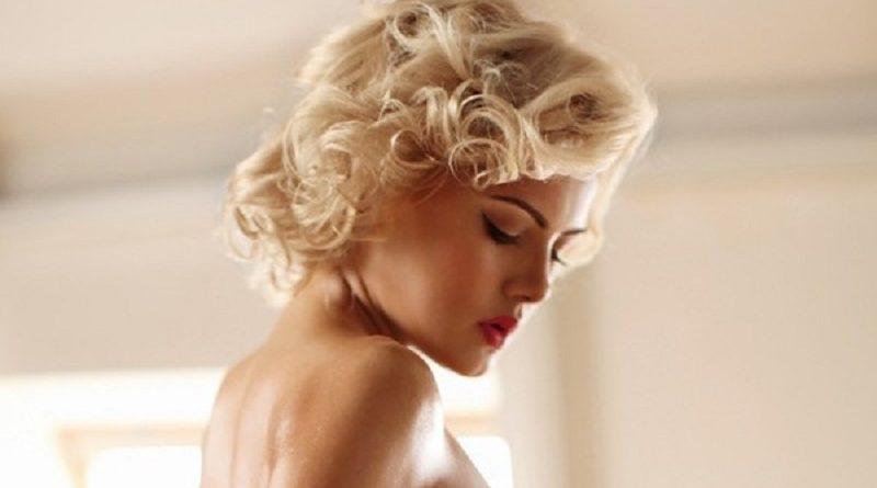 ГОЛАЯ блондинка Элис показала АППЕТИТНЫЕ формы с разных ракурсов (10 фото)