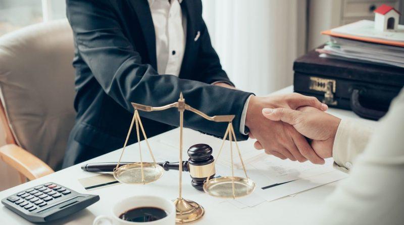 Где заказать консультацию юриста в Днепре и по каким критериям выбирать специалиста