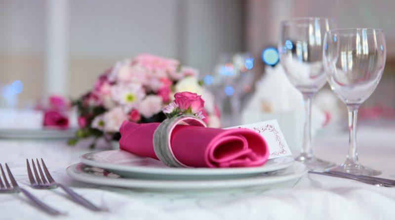 Свадебный банкет или фуршет: что лучше?