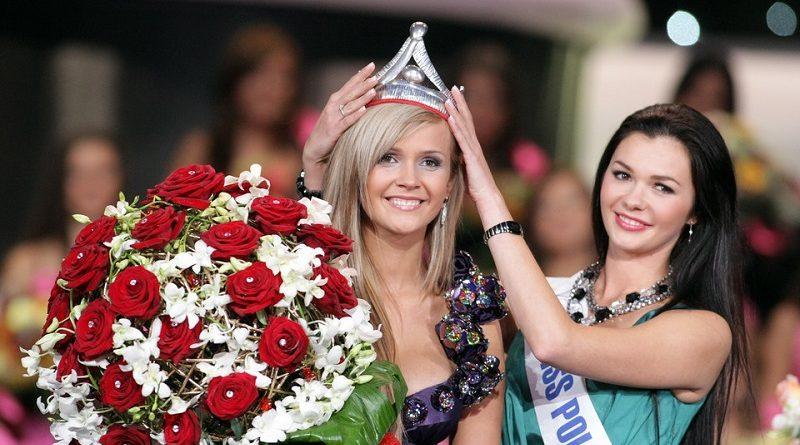 Мисс Польша Анжелика Якубовска восхитила Playboy своими параметрами (13 фото)