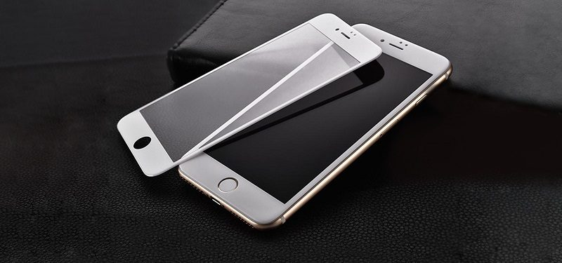 Где купить защитное стекло для смартфона в Череповце и для чего необходим аксессуар