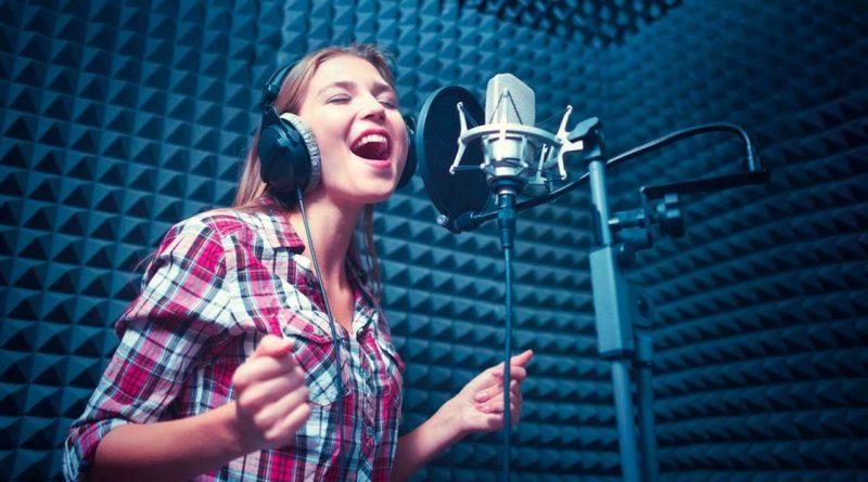 Как освоить вокал и какую выбрать музыкальную школу в Москве
