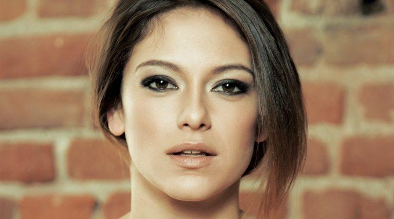 Звезда Playboy Болгария Елена Петкова вышла на международный уровень (31 фото)