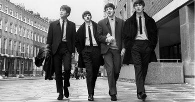 О чём поют The Beatles в песни Help