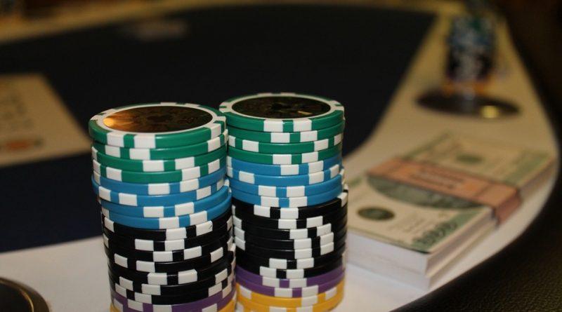 На чём зарабатывать в казино Rox – слоты или рулетка?